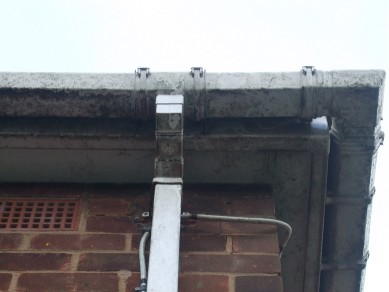Gutter before cleaning
